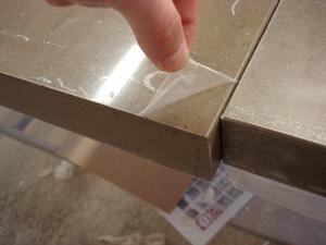 Защитная пленка на искусственном камне